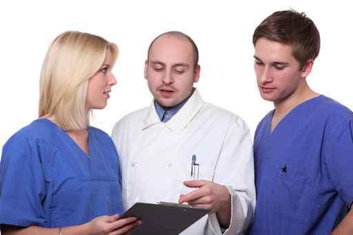 Umschulung zum/zur Medizinische/n Fachangestellte/n